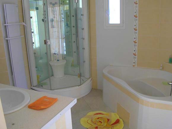 0 Villa location nimes T